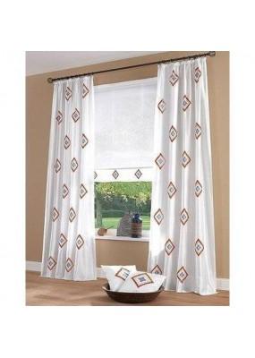 Бяла завеса на етно мотиви цвят теракота, с пришита ширит лента за окачване на релса или тръбен корниз, размер 245x140см.(в опънато състояние) код-834070