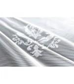 Дантелено готово перде на флорални мотиви в бял цвят с пришита ширит лента, височина от 145см и 245см. код-13142