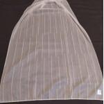 Плат за тънки, прозрачни дневни пердета с оловна нишка, на вертикални раета, цвят мръсно бял, височина 300см. код-NUH-02